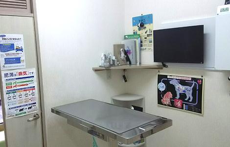 病院内診察室